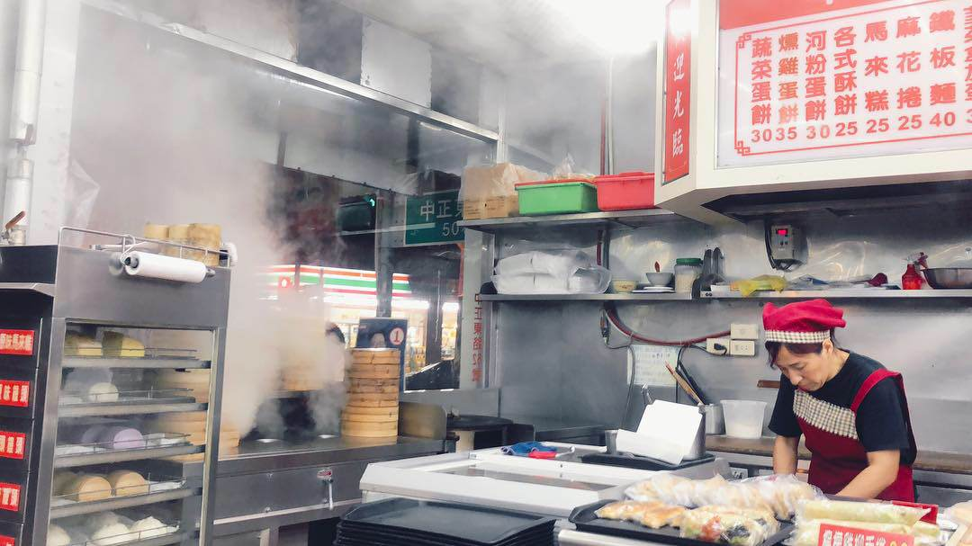 竹北早餐 亞美の豆漿大王 特色宮保雞丁鐵板麵